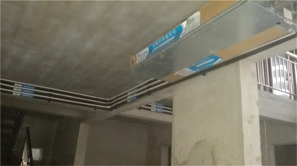 紫汀苑T2复式楼大金中央空调施工现场